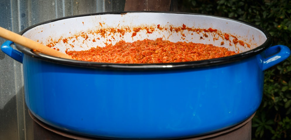 Making ajvar in large quantities  © Credits to Sarenac