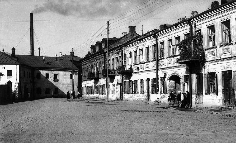 © wikimedia.commons/ Kazimier Lachnovič