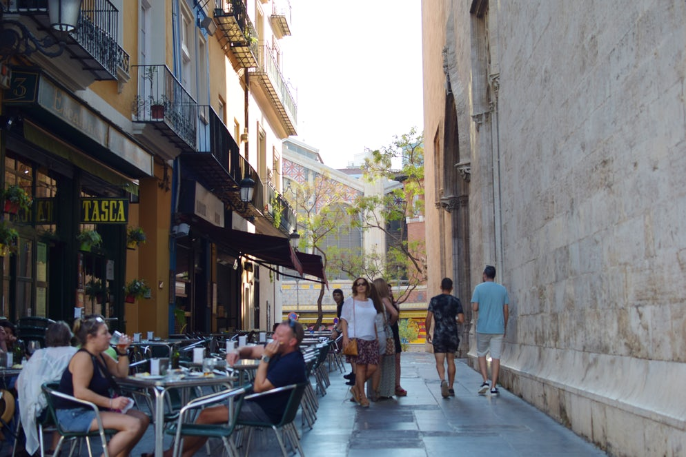 Cuitat Vella and its quiet streets