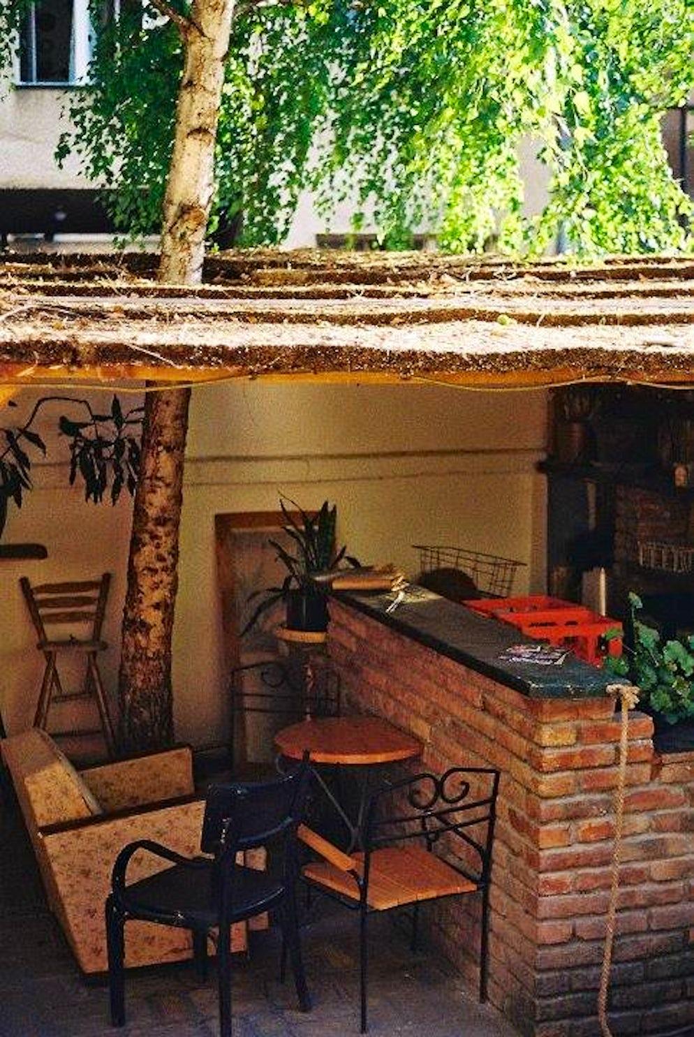 Izba cafe garden © Credits to Izba