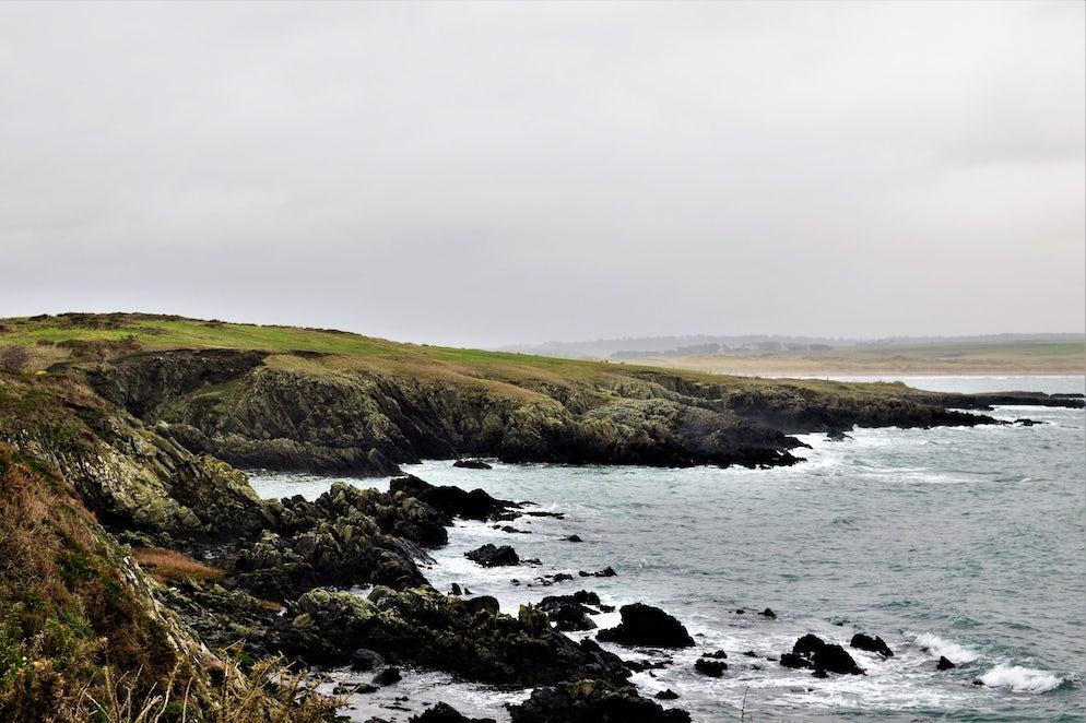 Wild coastline - Picture © Credits to Joe Thorpe