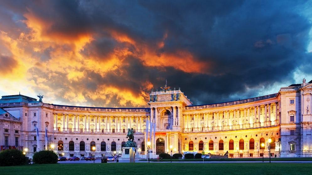 Neu Burg Picture © Credits to iStock / TomasSereda