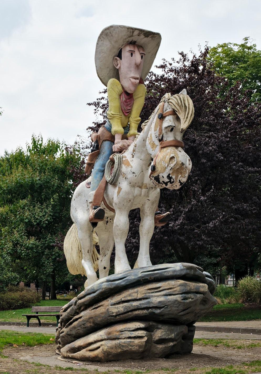 Statue of Lucky Luke in Charleroi © To Wikipédia/Trougnouf (Benoit Brummer)