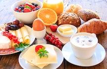 Geniet van uw ontbijt in Bakoe