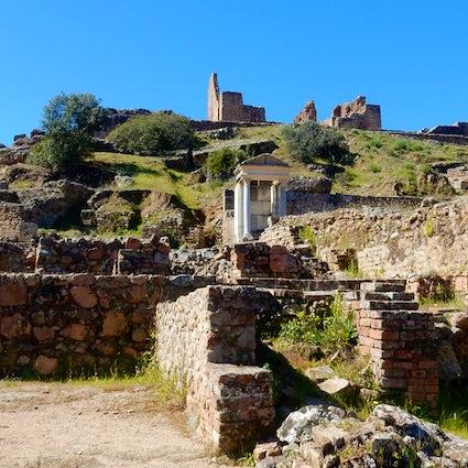 Munigua, una ciudad romana escondida en la sierra de Sevilla