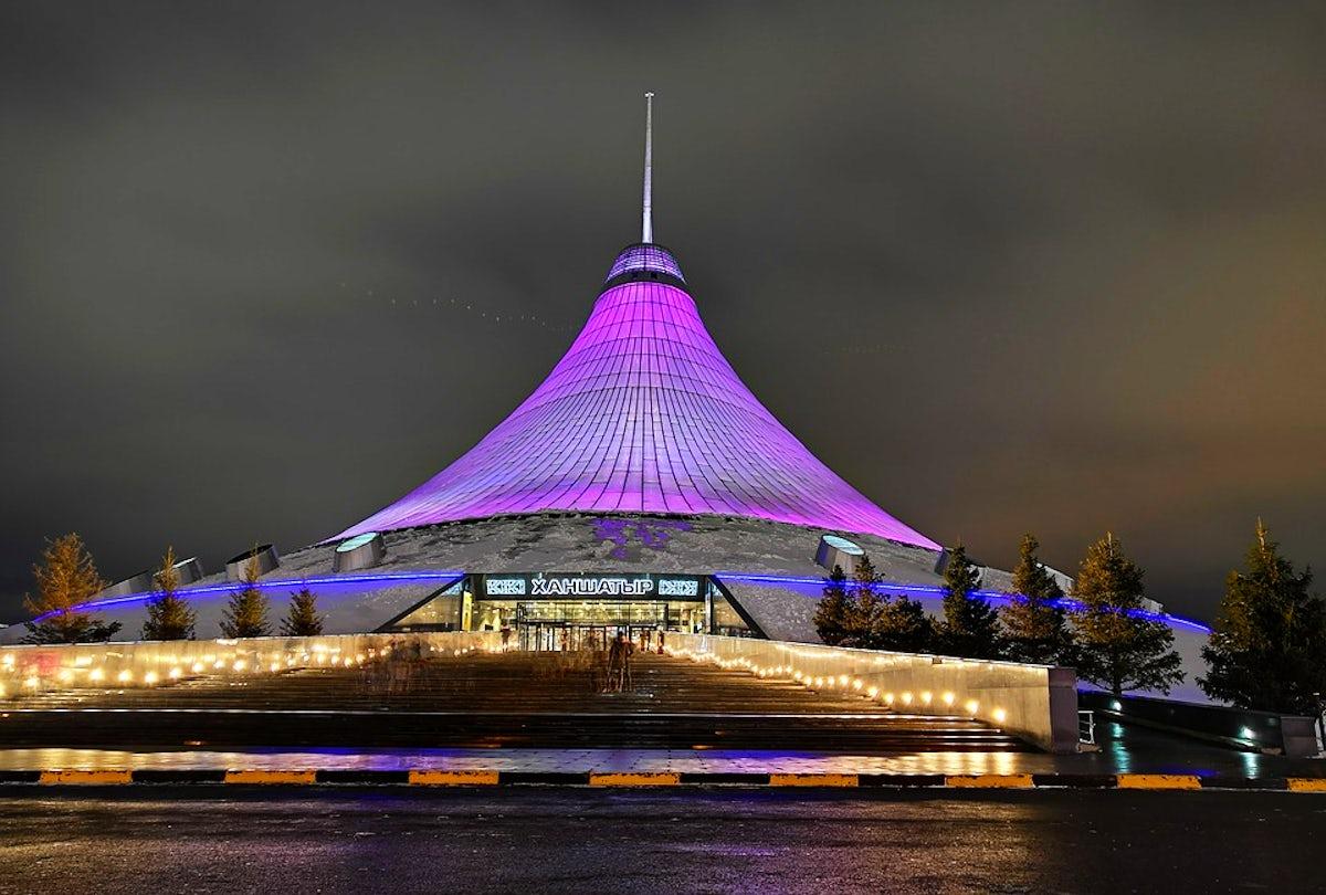 Khan Shatyr, an impressive entertainment venue in Astana