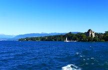 De la Suisse à la France : un voyage en bateau entre Nyon et Yvoire