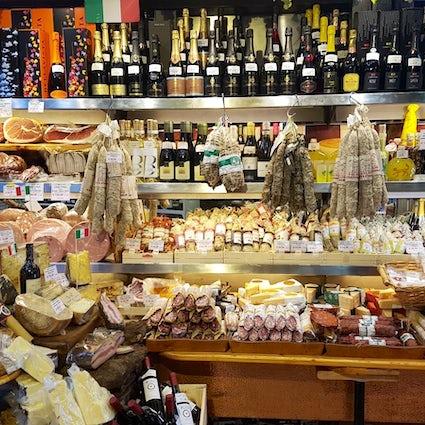 Der ultimative Ratgeber für das Einkaufen von Gourmetgeschenken in Rom.