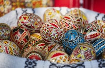 The art of Easter egg decorating in Suceava's Princely Inn