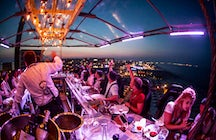 """Dinner in the Sky"" à Bucarest"
