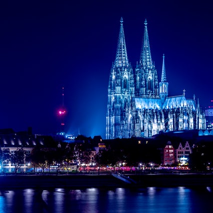Vida nocturna en Colonia y bares que no te puedes perder