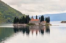 Una historia de amor escondida entre cipreses en la isla Sveti Djordje