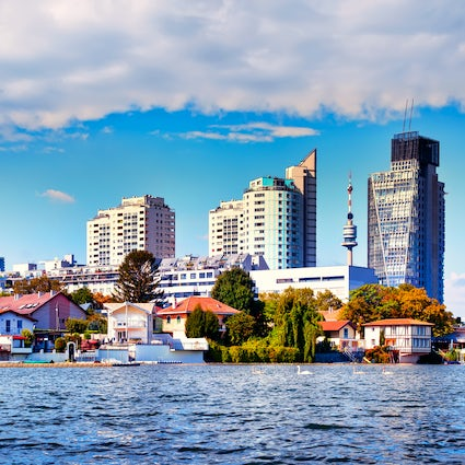 Alte Donau: Summer escape among the Vienna's high-rises
