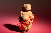 Sensual figurine from Stone Age censored by Facebook – Venus of Willendorf