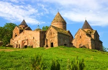 Gemas ocultas - Monasterio de Goshavank y Lago Gosh