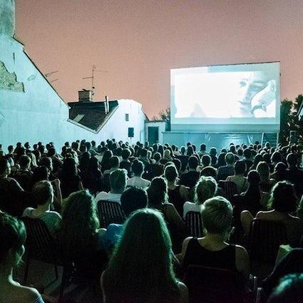 Cine al aire libre de Belgrado - Zvezda