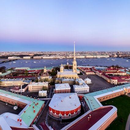 La forteresse Pierre-et-Paul à Saint-Pétersbourg : au coeur de l'Histoire