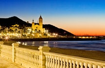 Daytrip to Sitges: A picturesque beach town