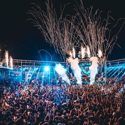 Impreza w Salento; Kluby nocne, których nie można przegapić.