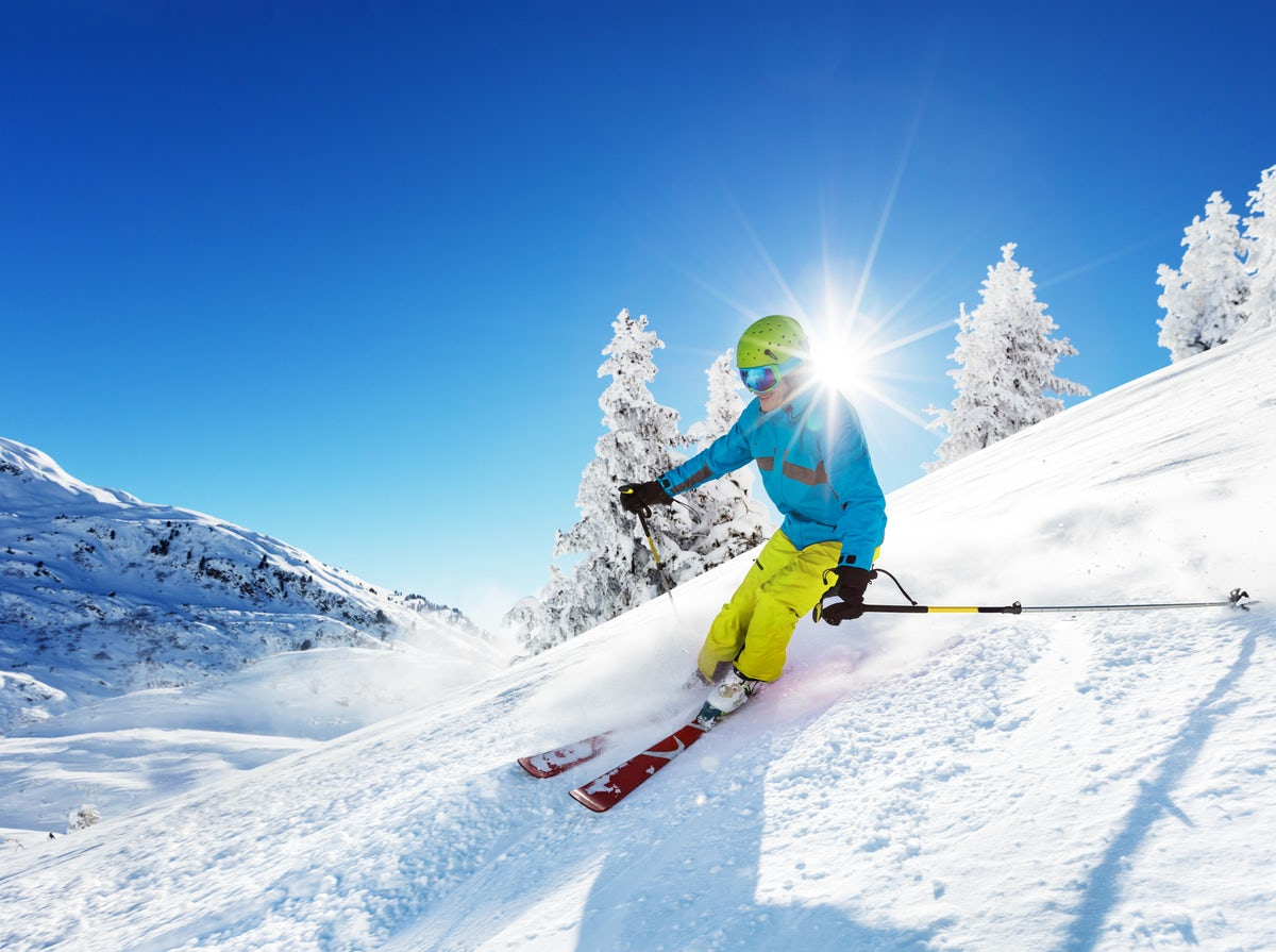 Discover the best winter destinations and activities in Greece