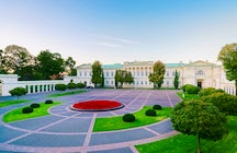 A quick look at the Presidential Palace in Vilnius