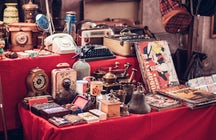 Vintage and Antique shopping in Prague