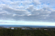 Hiking on the highest spot of Åland