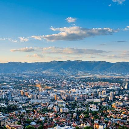 """Wat kun je verwachten als je in Skopje """"Tien"""" zegt"""
