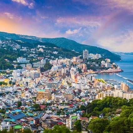Ein entspannender Wochenendausflug in der Stadt Atami