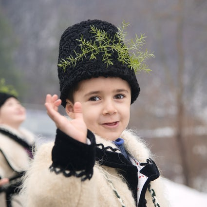 Vier de winter zoals de Roemenen in Maramureș