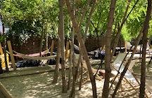 Eden Garden: una terraza bohemia escondida en Bucarest