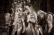 Lychakiv Cemetery in Lviv: hear the voice of the fallen