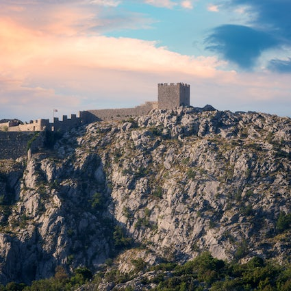 Omiš: turbulent history mixed with frenetic present