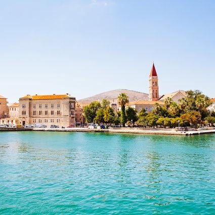 Trogir, uma pequena cidade dálmata