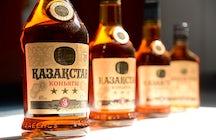 Wein- und Cognacverkostung in Almatys Firma Bacchus