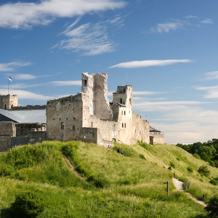 Rakvere: a 13th-century castle in the middle of forests