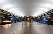Ein- und Ausstieg aus Minsk mit öffentlichen Verkehrsmitteln