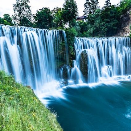 Faszinierende Schönheit des Pliva-Wasserfalls