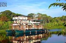 A sailing adventure in the Bolivian Amazon rainforest