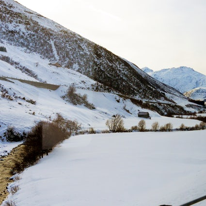 Swiss trains - A journey from Uri to Oberwallis