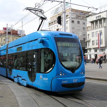 Zagreb public transport: follow the blue vehicle