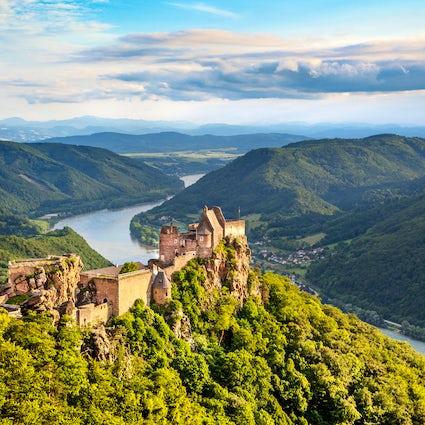 Les ruines du château d'Aggstein, et les pirates du Danube