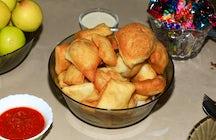 Wo man den kasachischen Nomaden-Snack probieren kann - Baursaks in Almaty