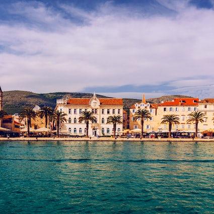 Kathedrale hl. Laurentius und die Festung Kamerlengo in Trogir