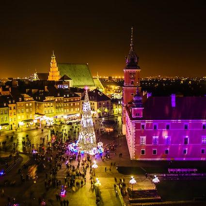 En la época de Navidad en Varsovia