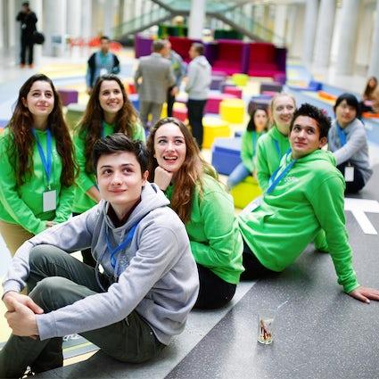 Perché i giovani internazionali vanno a Diljan?