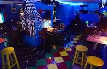 "Série ""Les meilleurs bars de Tirana"" - Bunker 1944"