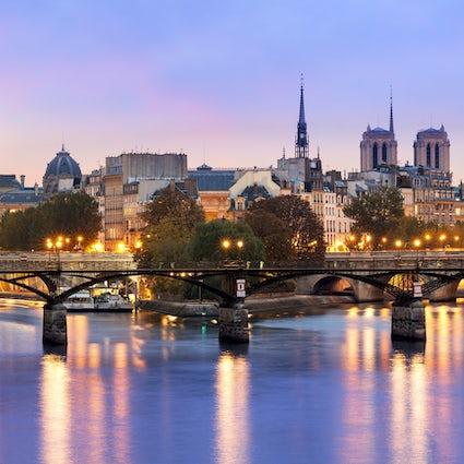 Puentes icónicos en París: Puente de las Artes