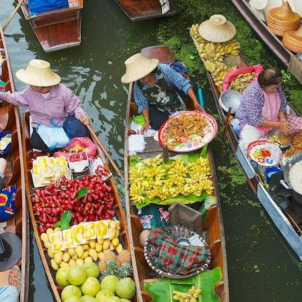 Der farbenfrohe Damnoen Saduak Floating Market in Ratchaburi