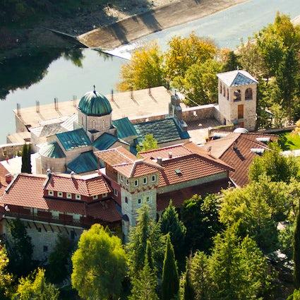 Kloster Tvrdoš, die Wiege der Orthodoxie in der südlichen Herzegowina